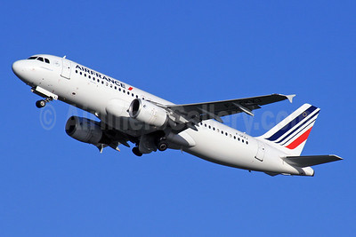 Air France Airbus A320-214 F-GKXJ (msn 1900) LHR (SPA). Image: 925982.