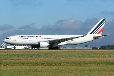 Air France Airbus A330-203 F-GZCH (msn 500) CDG (Pascal Simon). Image: 939757.