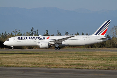 Air France Boeing 787-9 Dreamliner F-HRBD (msn 42487) PAE (Nick Dean). Image: 939729.
