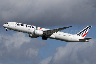 Air France Boeing 787-9 Dreamliner F-HRBA (msn 38769) LHR (SPA). Image: 937333.