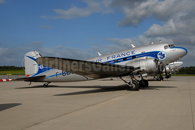 Air France Douglas C-47A-DL (DC-3A) F-BBBE F-AZTE (msn 9172) HAM (Ton Jochems). Image: 954015.