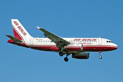Air-Berlin (airberlin.com) Airbus A319-132 D-ABGB (msn 2467) DUS (Jay Selman). Image: 404004.