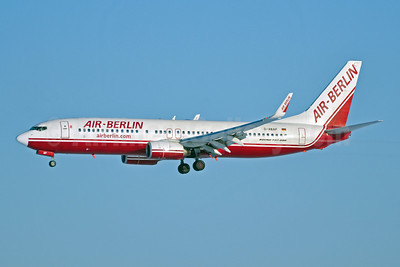 Air-Berlin (airberlin.com) Boeing 737-86J WL D-ABAP (msn 28070) MUC (Felix Gottwald). Image: 907411.