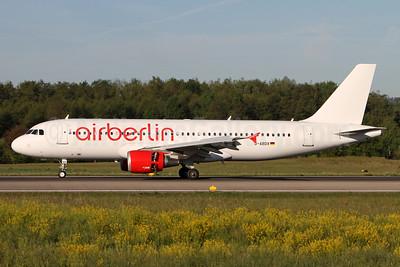 Airberlin Airbus A320-214 D-ABDX (msn 3995) ZRH (Andi Hiltl). Image: 937816.