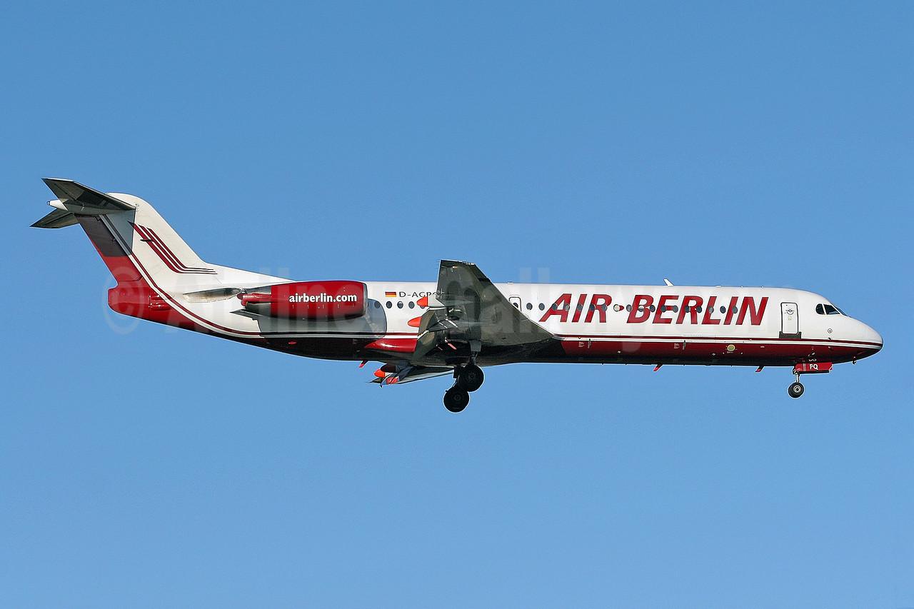Air-Berlin (airberlin.com) (Germania) Fokker F.28 Mk. 0100 D-AGPQ (msn 11338) STN (Keith Burton). Image: 900278.