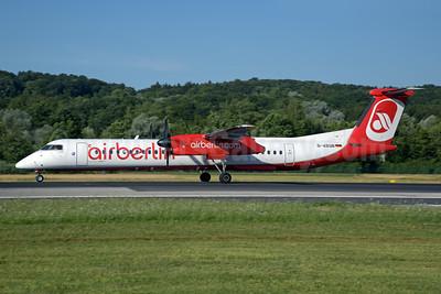 Airberlin (airberlin.com) (LGW) Bombardier DHC-8-402 (Q400) D-ABQB (msn 4226) ZRH (Rolf Wallner). Image: 928479.
