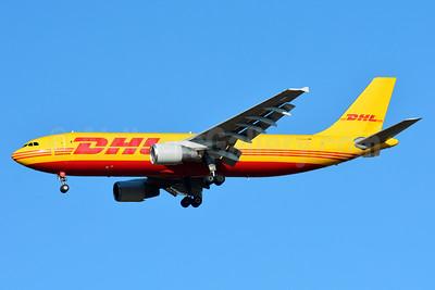 DHL (European Air Transport Leipzig) Airbus A300B4-622R (F) D-AEAJ (msn 641) BSL (Paul Bannwarth). Image: 930526.