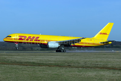 DHL (European Air Transport Leipzig) Boeing 757-236 (F) D-ALEG (msn 23398) LTN (Paul Ferry). Image: 928931.