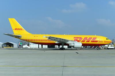 DHL (European Air Transport Leipzig) Airbus A300B4-622R (F) D-AZMO (msn 872) BSL (Ton Jochems). Image: 933256.