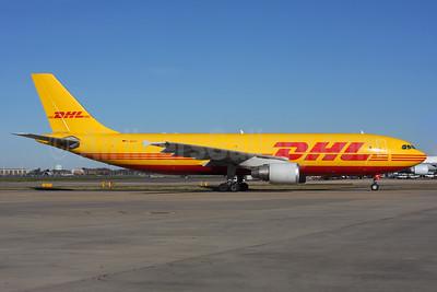 DHL (European Air Transport Leipzig) Airbus A300B4-622R (F) D-AEAO (msn 937366.