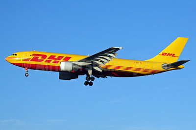 DHL (European Air Transport Leipzig) Airbus A300B4-622R (F) D-AEAP (msn 724) LHR (SPA). Image: 926001.