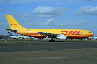 DHL (European Air Transport Leipzig) Airbus A300B4-622R (F) D-AEAL (msn 679) LHR (SPA). Image: 928056.