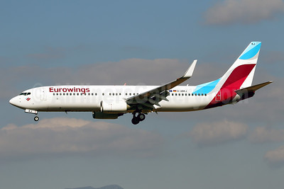 First Boeing 737-800 in the full livery