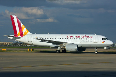 Germanwings (2nd) Airbus A319-112 D-AKNL (msn 1084) LHR (SPA). Image: 937508.