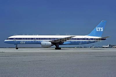 LTS (Lufttransport Sud) Boeing 757-2G5 D-AMUR (msn 23118) ATH (Richard Vandervord). Image: 949147.