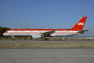 LTU International Airways Boeing 757-2G5 D-AMUQ (msn 26278) PMI (Christian Volpati). Image: 946037.