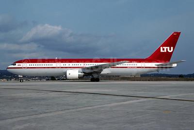 LTU International Airways Boeing 767-3G5 ER D-AMUJ (msn 28111) PMI (Christian Volpati). Image: 946222.
