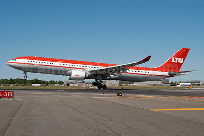 LTU International Airways Airbus A330-322 D-AERQ (msn 127) JFK (Fred Freketic). Image: 950390.