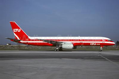 LTU Sud International Airways Boeing 757-2G5 D-AMUX (msn 23983) MUC (Christian Volpati Collection). Image: 946036.