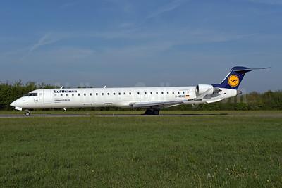 Lufthansa - Lufthansa CityLine Bombardier CRJ900 (CL-600-2D24) D-ACKE (msn 15081) ZRH (Rolf Wallner). Image: 946439.