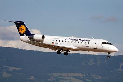 Lufthansa Regional-CityLine Bombardier CRJ200 (CL-600-2B19) D-ACLY (msn 7119) GVA (Paul Denton). Image: 903572.