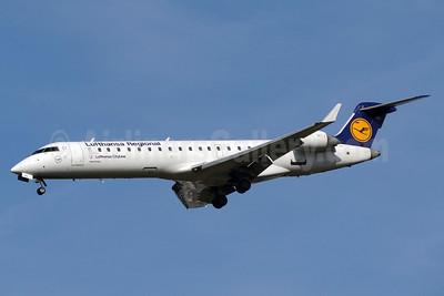 Lufthansa Regional-CityLine Bombardier CRJ700 (CL-600-2C10) D-ACPO (msn 10085) BSL (Paul Bannwarth). Image: 924234.