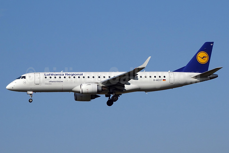 CityLine (Lufthansa CityLine) Embraer ERJ 190-100LR D-AECF (msn 19000359) ZRH (Paul Bannwarth). Image: 938939.