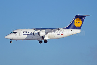 Lufthansa Regional-CityLine BAe RJ85 D-AVRJ (msn E2277) MUC (Felix Gottwald). Image: 907410.