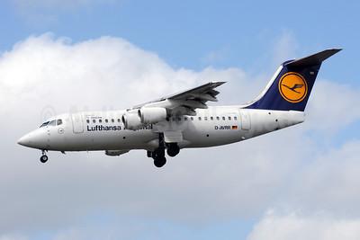 Lufthansa Regional-CityLine BAe RJ85 D-AVRR (msn E2317) LHR (Bruce Drum). Image: 101629.