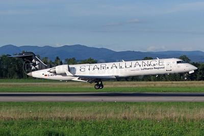 Lufthansa Regional-CityLine Bombardier CRJ700 (CL-600-2C10) D-ACPS (msn 10100) (Star Alliance) BSL (Paul Bannwarth). Image: 926235.