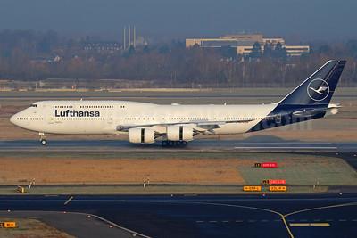 Lufthansa Boeing 747-830 D-ABYA (msn 37827) FRA (Marcelo F. De Bisi). Image: 940916.