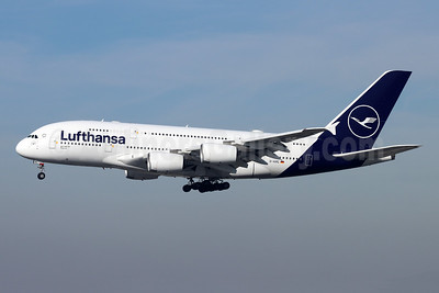 Lufthansa Airbus A380-841 D-AIMC (msn 044) LAX (Michael B. Ing). Image: 948759.