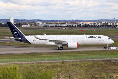"""Dortmund"", the first Lufthansa A350 in the new livery"
