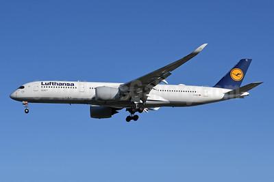 Lufthansa Airbus A350-941 D-AIXC (msn 087) YYZ (TMK Photography). Image: 947393.