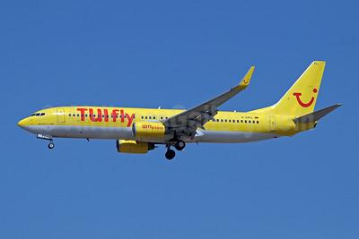 TUIfly (TUIfly.com) (Germany) Boeing 737-8K5 WL D-AHFL (msn 27985) AYT (Paul Denton). Image: 909682.