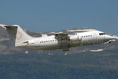 WDL Aviation BAe 146-200 D-AMAJ (msn E2028) GVA (Paul Denton). Image: 912655.