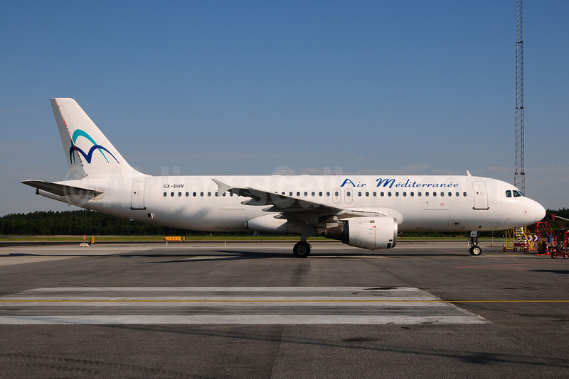 Air Mediterranee-Hermes Airlines Airbus A320-211 SX-BHV (msn 293) ARN (Ton Jochems). Image: 908924.