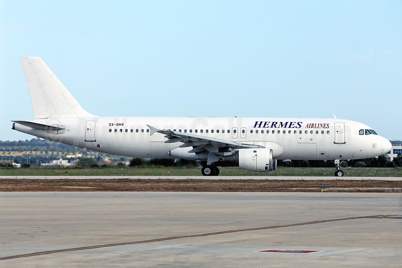Hermes Airlines Airbus A320-211 SX-BHV (msn 293) PMI (Javier Rodriguez). Image: 922636.
