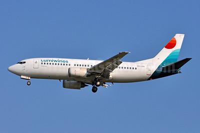 Lumiwings Boeing 737-330 SX-LWA (msn 25216) VCE (Tony Storck). Image: 947176.