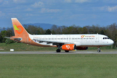 Orange2fly Airlines Airbus A320-232 SX-ORG (msn 1407) BSL (Paul Bannwarth). Image: 937626.