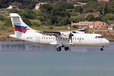 Sky Express (Greece) ATR 42-500 SX-SIX (msn 544) CFU (Stefan Sjogren). Image: 954444.