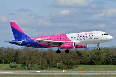 Wizz Air (wizzair.com) (Hungary) Airbus A320-232 HA-LWC (msn 4323) BSL (Paul Bannwarth). Image: 937607.