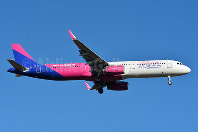 Wizz Air  (Hungary) Airbus A321-231 WL HA-LXC (msn 6976) BSL (Paul Bannwarth). Image: 945829.