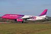 Wizz Air (wizzair.com) (Hungary) Airbus A320-233 HA-LPA (msn 839) LTN (Antony J. Best). Image: 900754.