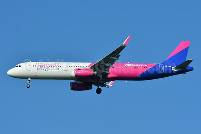 Wizz Air  (Hungary) Airbus A321-231 WL HA-LXG (msn 7182) BSL (Paul Bannwarth). Image: 942634.