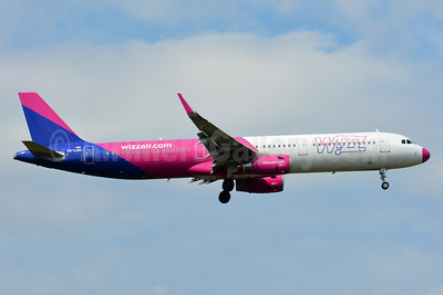 Wizz Air  (Hungary) Airbus A321-231 WL HA-LXH (msn 7217) FRA (Paul Bannwarth). Image: 937147.