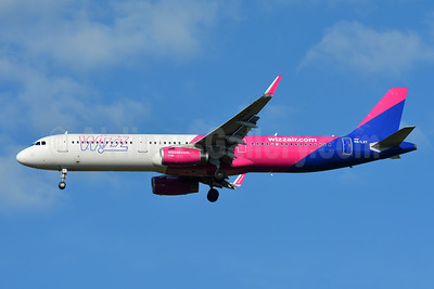 Wizz Air  (Hungary) Airbus A321-231 WL HA-LXY (msn 8044) BSL (Paul Bannwarth). Image: 946811.
