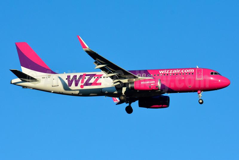 Wizz Air (wizzair.com) (Hungary) Airbus A320-232 WL HA-LYF (msn 6195) BSL (Paul Bannwarth). Image: 930963.