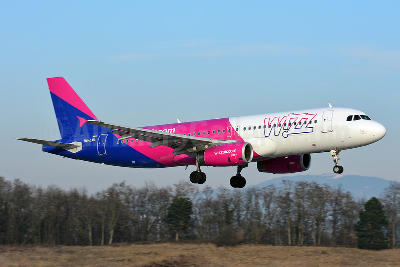 Wizz Air (wizzair.com) (Hungary) Airbus A320-232 HA-LWL (msn 4736) BSL (Paul Bannwarth). Image: 936776.