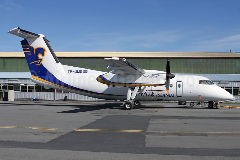 Flugfelag Islands-Air Iceland de Havilland Canada DHC-8-202 Dash 8 TF-JMG (msn 445) RKV (Wingnut). Image: 925728.